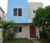 Se vende una casa en una urbanizacion de prestigio
