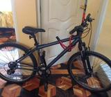 Bicicleta Trek con piezas shimano. En Perfecto Estado