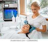 Se Necesita Cosmetologa O Estilista